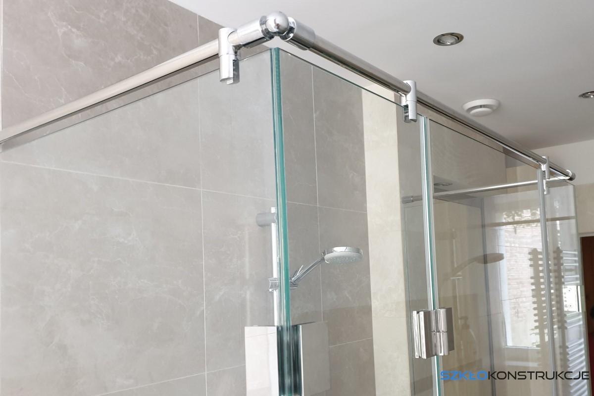 elementy stalowe kabiny prysznicowej