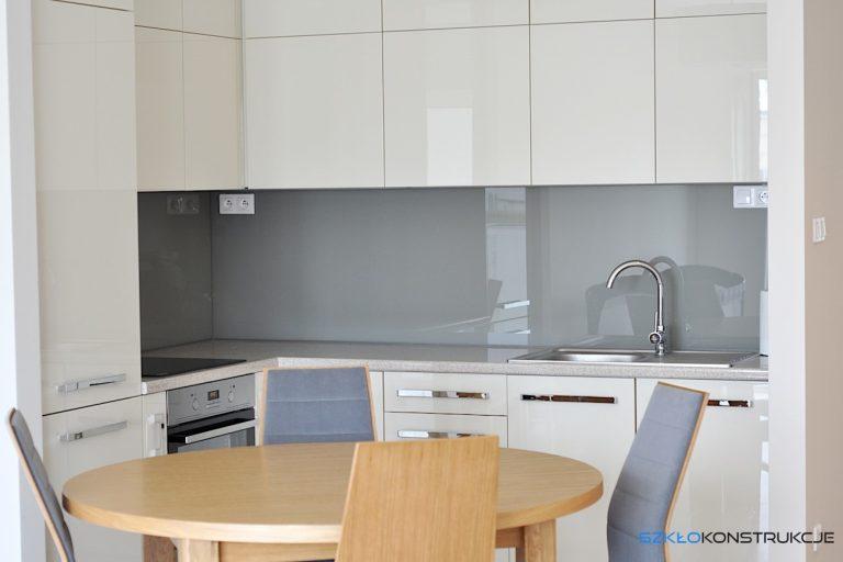 szkło lakierowane w kuchni