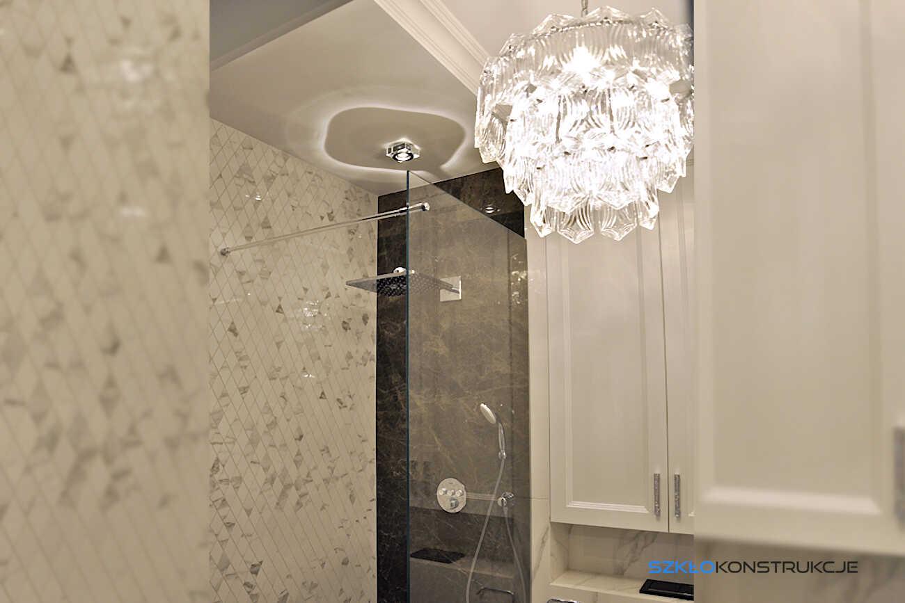 ścianka prysznicowa ze szkła typu walk in